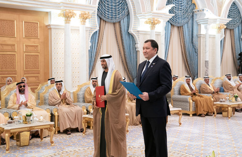 محمد بن زايد و رئيس كازاخستان يشهدان تبادل عدد من مذكرات التفاهم بين البلدين