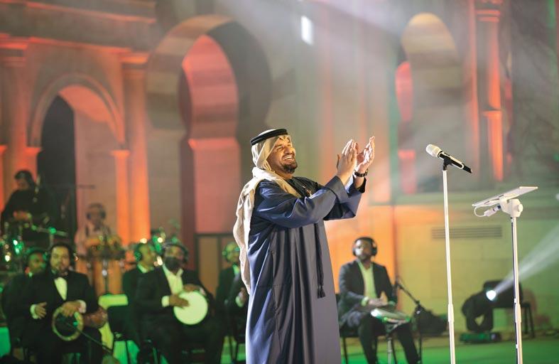 خورفكان تفتح فصلاً جديداً للفن والجمال على إيقاع أغنيات حسين الجسمي وأنغام
