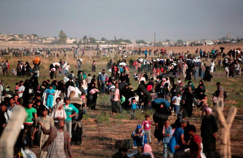 لا ملاذ بعيداً عن الوطن .. آلاف السوريين يغادرون أوروبا