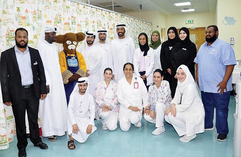 جمعية المؤازرة الإماراتية لمصابي السرطان تزور أطفال مدينة خليفة الطبية