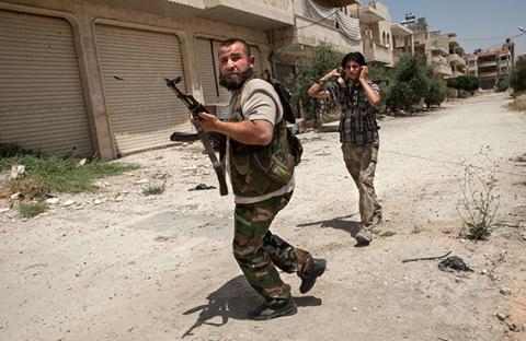 سوريا أبرز تحدياته الخارجية : هل تجاوزُ الخط الأحمر سيغيّر سياسة أوباما؟