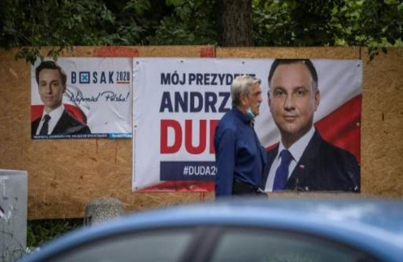 دورة ثانية بين الرئيس البولندي وخصمه الليبرالي