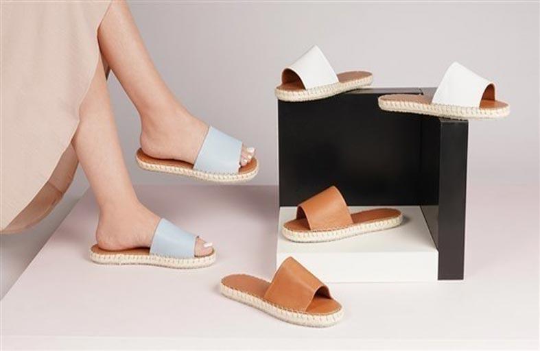 الحذاء المفتوح نجم الموضة في صيف 2021