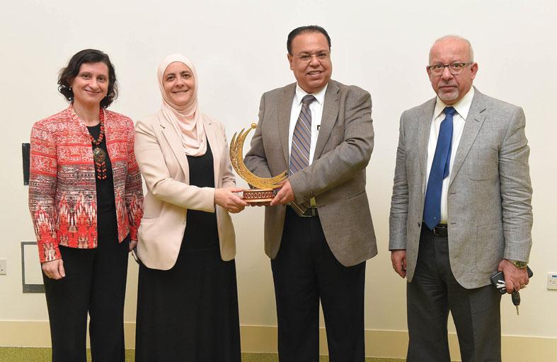 النساء يشكلن أكثر من 60 % في مجالات العلوم بالعالم العربي