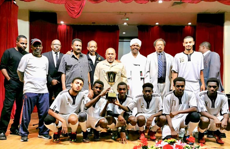 ختام دورة أفراح الوطن لخماسيات الكرة بالنادي السوداني في أبو ظبي