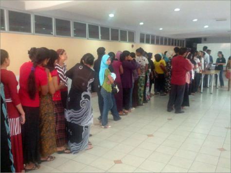 مئات الروهينغا يحاولون اللجوء إلى ماليزيا