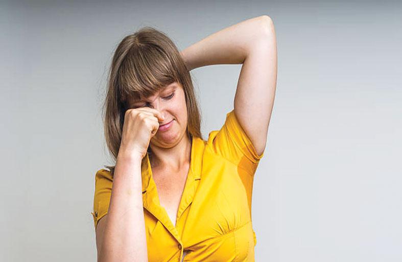 علاجات طبيعية للتعرّق المفرط والرائحة الكريهة