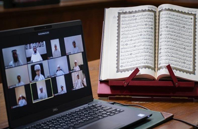 100 طالب من مراكز مكتوم ختموا القرآن الكريم عن بعد