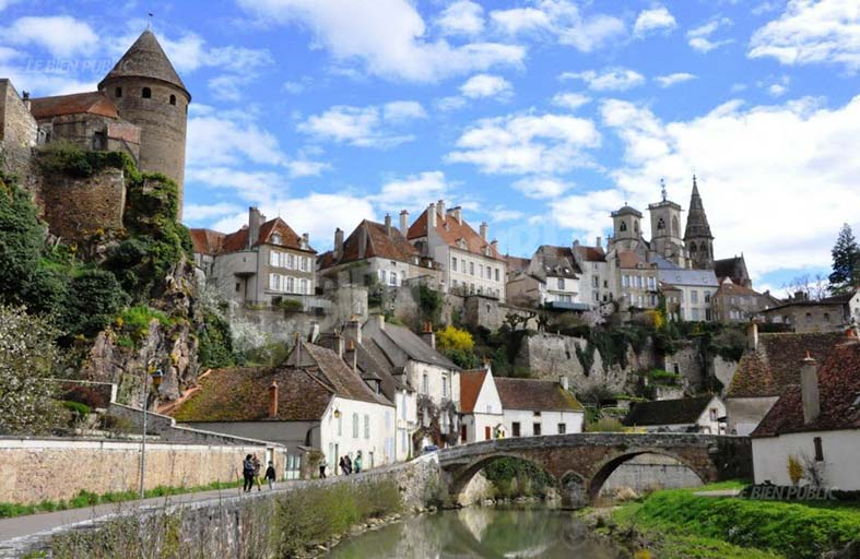 منطقة بورغندي الفرنسية .. تاريخ يمتد منذ العصور الوسطى