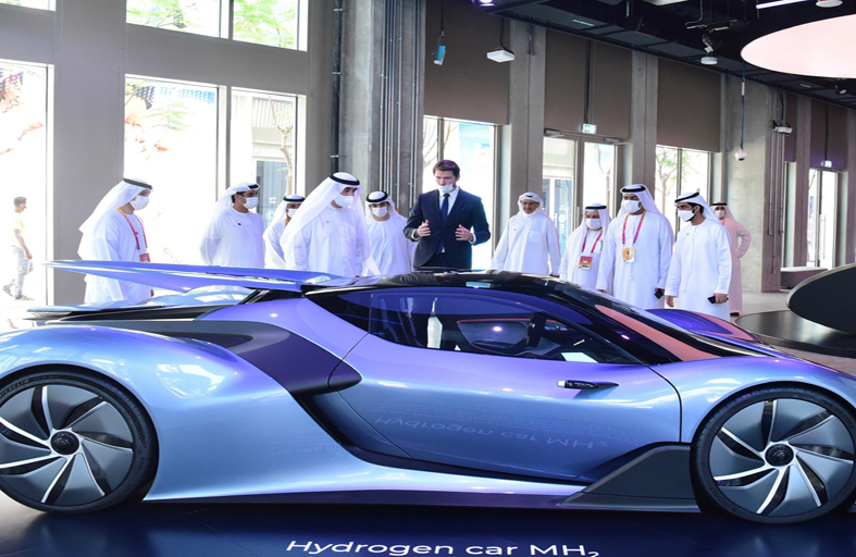 حاكم أم القيوين يزور أجنحة الإمارات واستراليا وفرنسا وسلوفاكيا في إكسبو 2020 دبي
