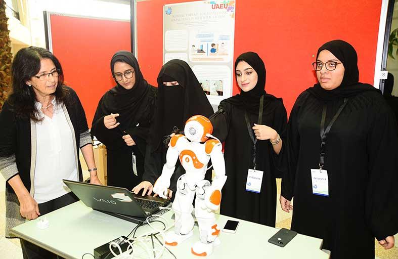 110 بحوث علمية مقدمة من 240 طالباً وطالبة بـ 7 جامعات بالدولة