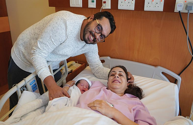 أول مواليد اليوم الوطني طفلة مصرية