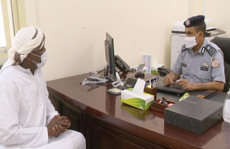 مدير قطاع الأمن الجنائي يستقبل المتعاملين في مركز شرطة بني ياس