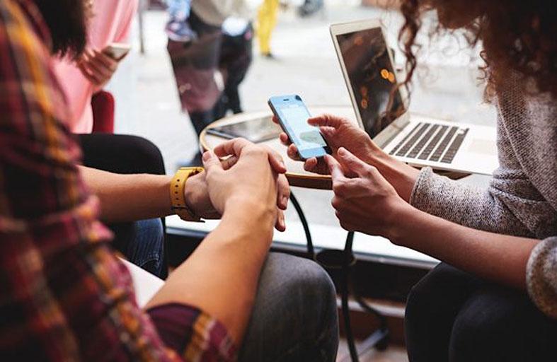 تطوير أداة للحد من إدمان مواقع التواصل الاجتماعي
