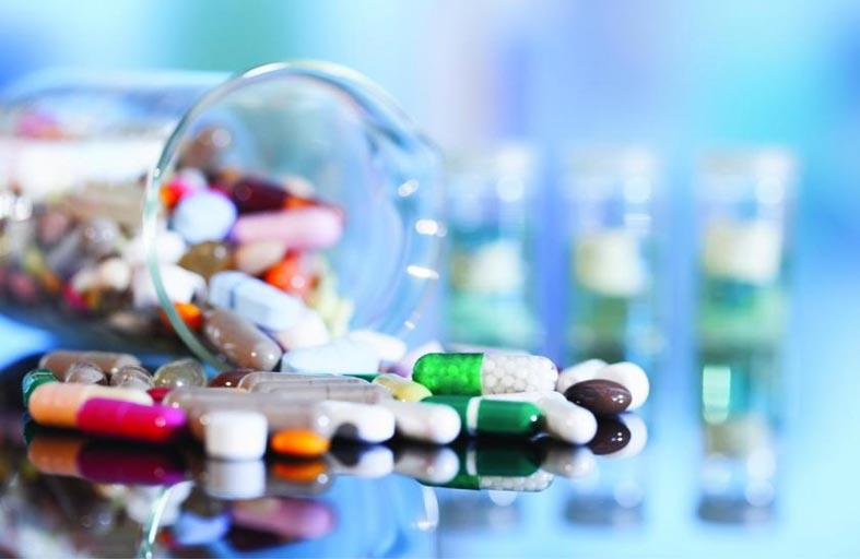 هل تسبب المضادات الحيوية سرطان القولون؟..دراسة تجيب!