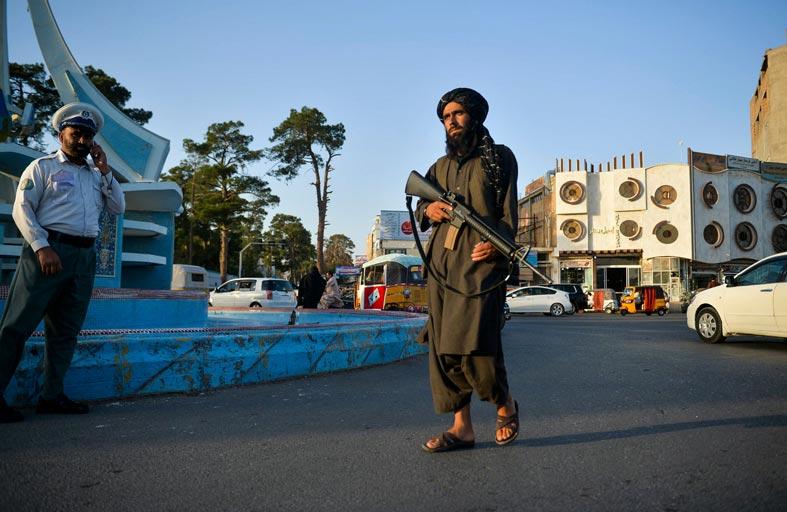 هجمات كابل وجلال أباد.. «قواعد اللعبة» تتغير في أفغانستان