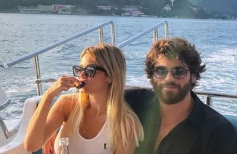 جان يامان برفقة خطيبته الإعلامية الإيطالية
