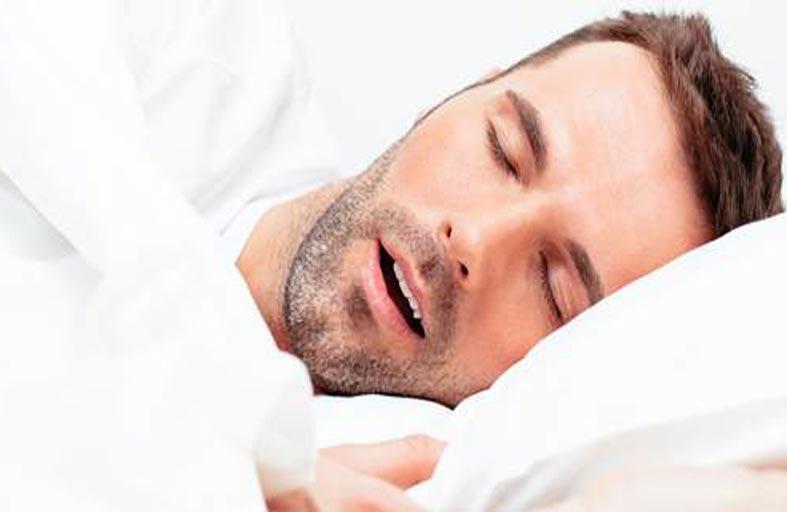 لماذا يجب عدم التنفس من الفم أثناء النوم؟