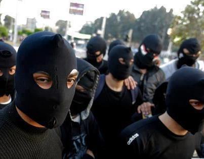 مدن القناة تتحدى حظر التجوال والجيش يحذر من انهيار الدولة