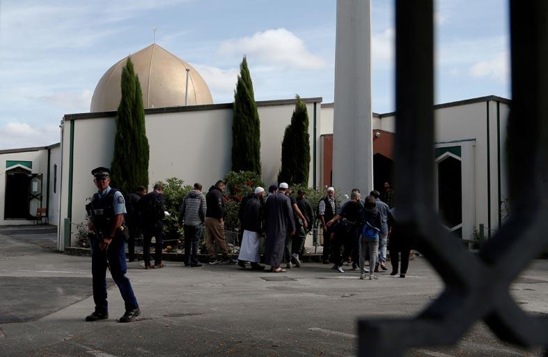 منفذ المذبحتين في نيوزلندا يستخدم الانترنت من حبسه