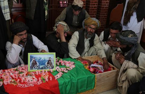 مقتل عشرات المسلحين بغارة للناتو في أفغانستان