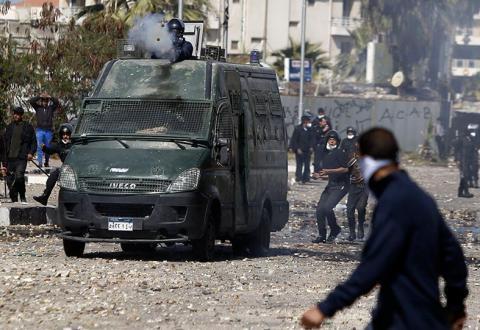 القوات المصرية تنفي حظر التجول ببورسعيد