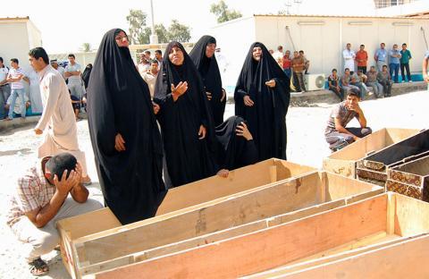 مقتل وجرح العشرات في أعمال عنف بالعراق
