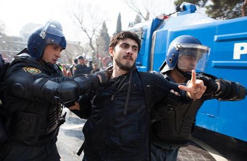 احتجاجات في أذربيجان ضد انتهاكات الجيش