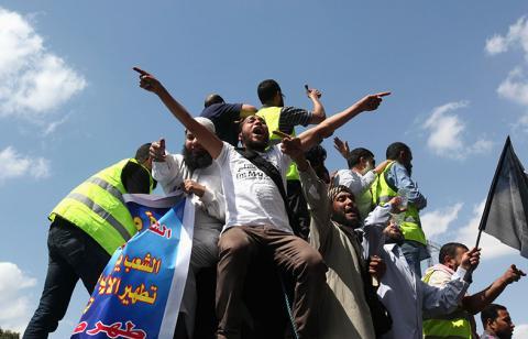 الهدوء يخيم على وسط القاهرة غداة الاشتباكات