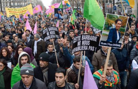 تظاهرات لأكراد أوروبا إثر مقتل الناشطات