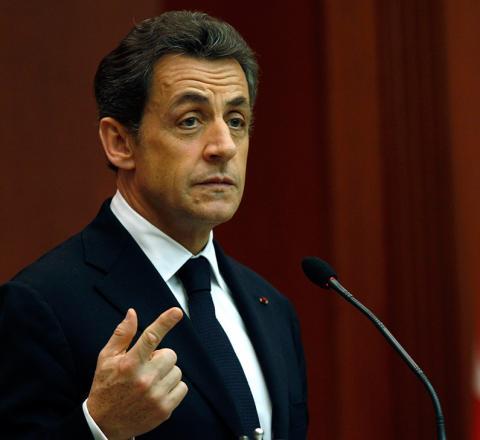 فرنسا تحقق في تمويل حملة ساركوزي