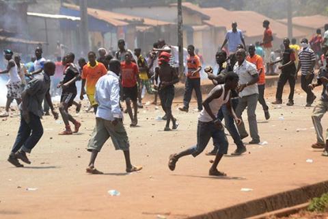 الرئيس الغيني يدعو للهدوء بعد أعمال شغب