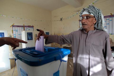 المالكي: سنحارب البعث والقاعدة بالانتخاب
