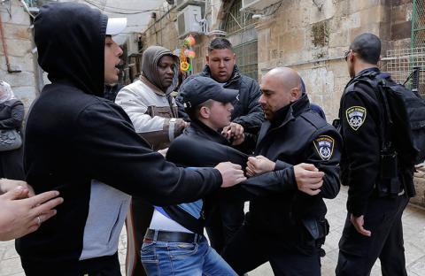 الاحتلال يقتحم باحات الأقصى قبيل اقتراح بإخضاعه للسيادة الاسرائيلية!