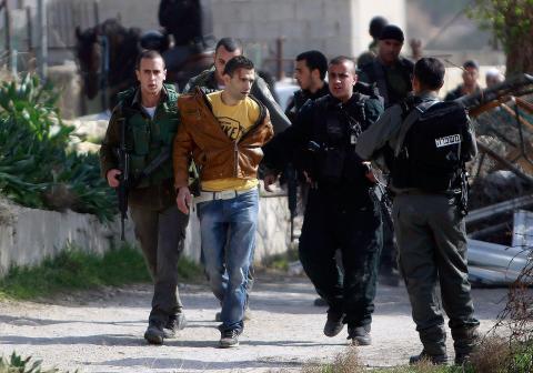 إسرائيل تفرج عن قسم من أموال السلطة .. قلق دولي من تصاعد قتل الاحتلال للفلسطينيين
