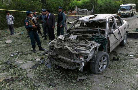 الناتو على وشك الانتهاء من تسليم الأمن للأفغان
