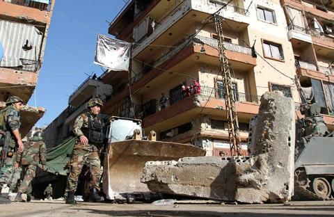 لبنان يشن حملة ضد متشددين