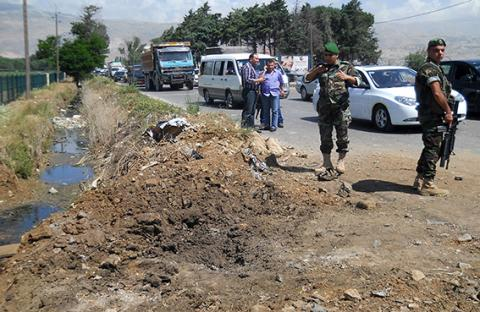نائب لبناني يتهم حزب الله بقصف المناطق اللبنانية على الحدود