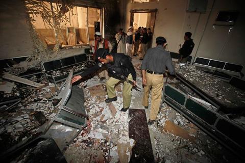 طالبان باكستان تعلق المفاوضات مع الحكومة