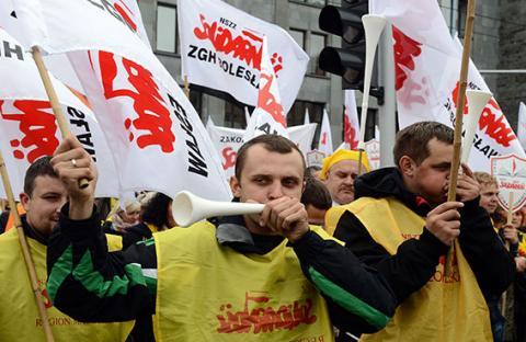 الآلاف يتظاهرون في العاصمة البولندية ضد حكومة دونالد