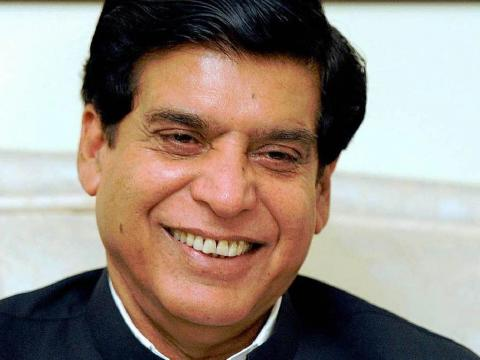 رئيس الوزراء الباكستاني في أول زيارة للهند