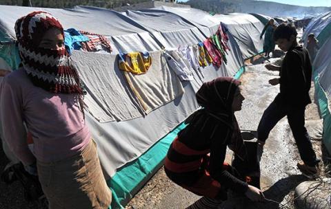 سيل اللاجئين السوريين اختبار لصبر اللبنانيين