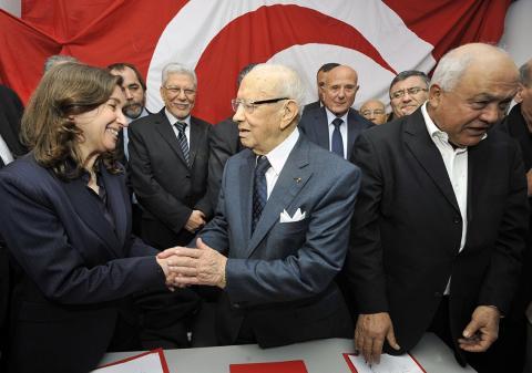 الإعلان عن تأسيس الاتحاد من اجل تونس .. جبهة حزبية جديدة لخوض الانتخابات القادمة
