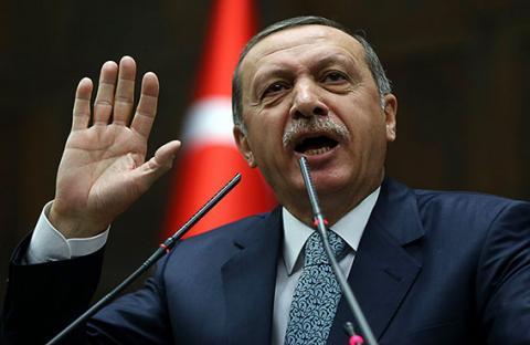 المعارضة تطالب أردوغان بالاستقالة