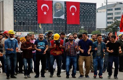 أنقرة تؤكد التزامها بقرار المحكمة حول متنزه غيزي