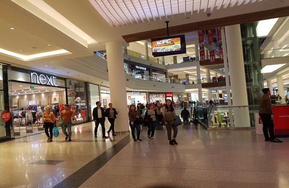 مهرجان باكو للتسوق يستقطب الزوار من مختلف أنحاء العالم