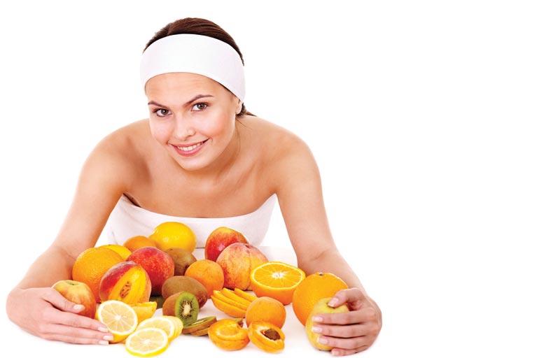 تناول الفاكهة صباحا.. هل هو مفيد؟