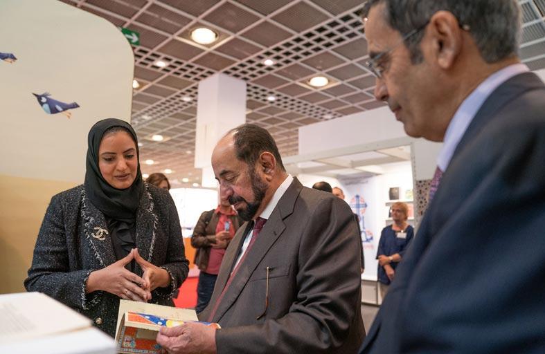 حاكم الشارقة يشهد إعلان القائمة القصيرة لجائزة اتصالات لكتاب الطفل