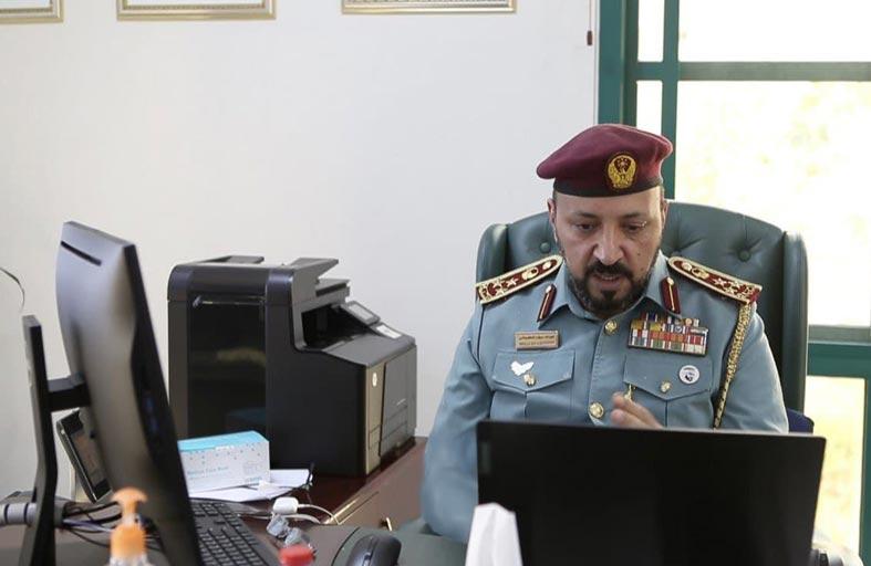 اللجنة العليا الدائمة بشرطة عجمان تناقش سبل دعم مبادرة (يدا بيد نتعافى)