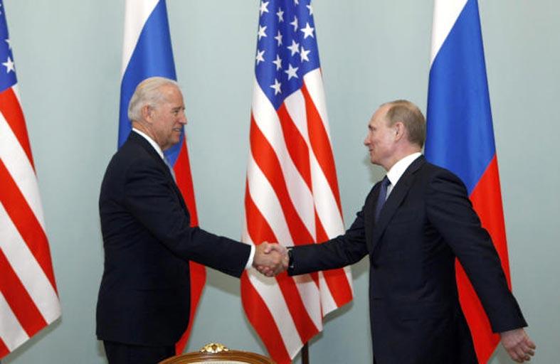 عقدان من العلاقات المتوترة بين بوتين والرؤساء الأميركيين
